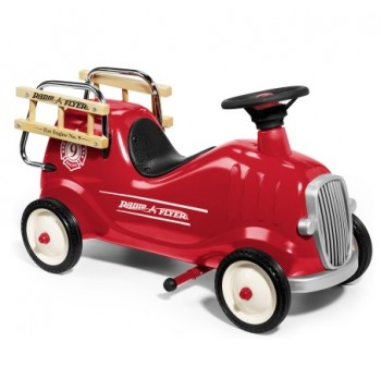 Radio Flyer Little Red Fire Engine