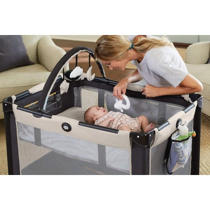Graco Pack N Play On The Go - Twister