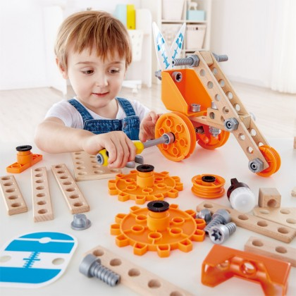 Hape 3032 Deluxe Experiment Kit STEM toy Play set for kid 4 years +