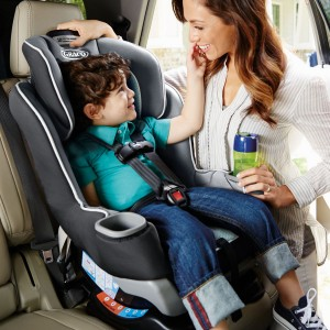 Graco Extend2Fit Convertible Car Seat with Extra 5' leg room for newborn up to 29 kg